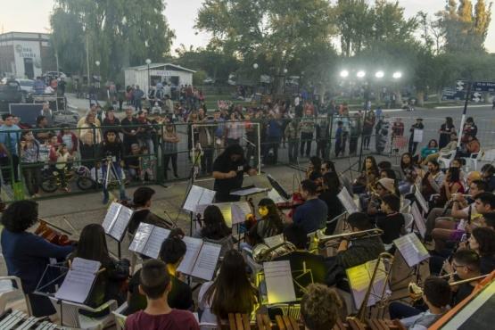 Exitosa primera jornada de los festejos por el Centenario de Dolavon