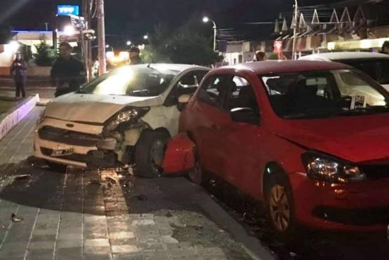 En estado de ebriedad chocó autos estacionados en plena Av. San Martín