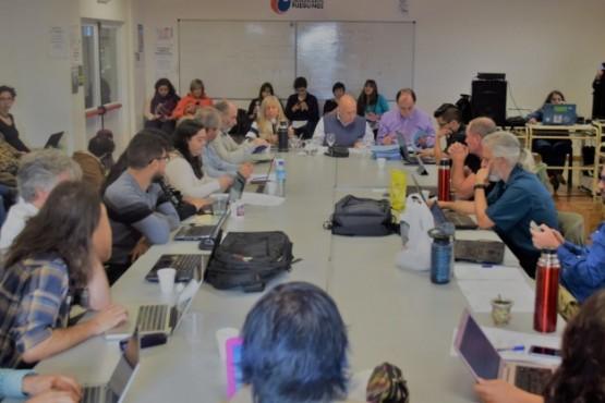 Universidad Nacional de Tierra del Fuego creó una comisión AD HOC