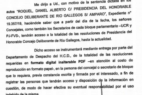 El modo en el cual Ruiz informará si realizó nuevos contratos de personal en el HCD