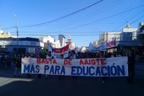Lucha por presupuesto educativo y contra la reforma laboral