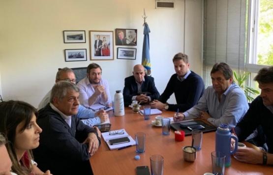 Ejecutivo, gremios, SINOPEC y AESA abordaron la situación provincial