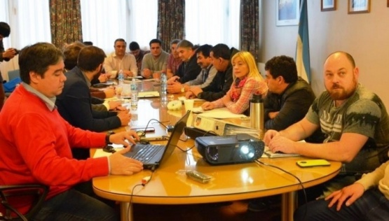 La reunión quedó programada para el lunes.
