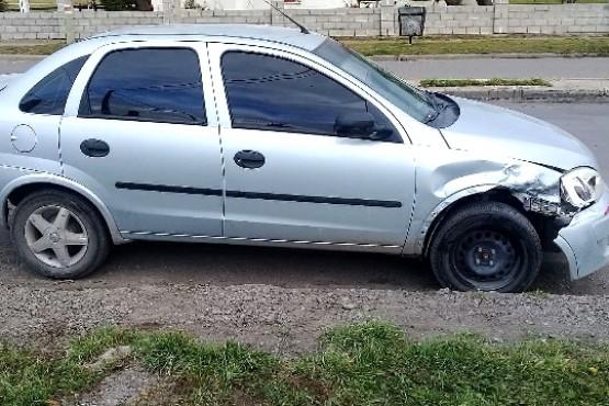 Colisionó un móvil policial y le secuestraron el auto por alcoholemia