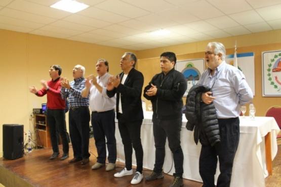 """Puricelli quiere """"un proyecto de provincia con todos los peronistas e incluso radicales"""""""