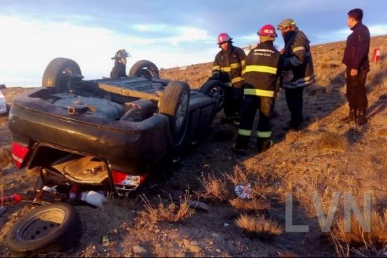 Una mujer hospitalzada tras volcar en la ruta Caleta - Comodoro