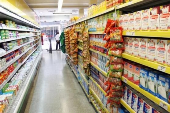 Productos esenciales se puso en marcha en Chubut con pocos artículos en góndola