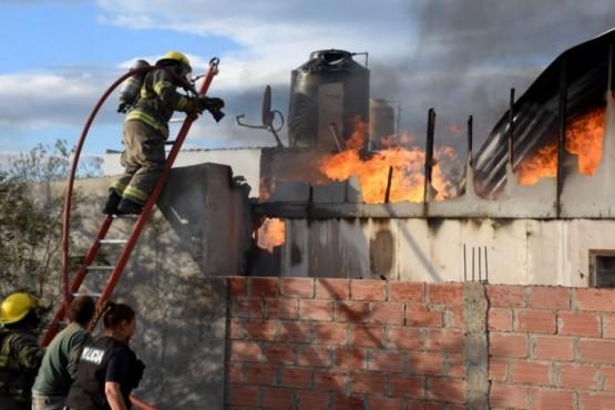 Se incendió la casa de un diputado