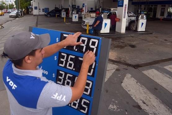 YPF, Shell y Axion apuran aumentos antes de la campaña electoral