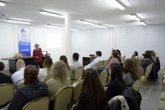 Brindaron charla para pacientes que atraviesan por enfermedades limitantes