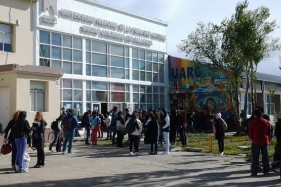 """UNPA: """"El cambio del estatuto universitario es antidemocráctico"""""""