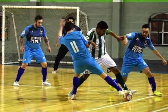 Un Río Gallegos invicto se metió en las semifinales