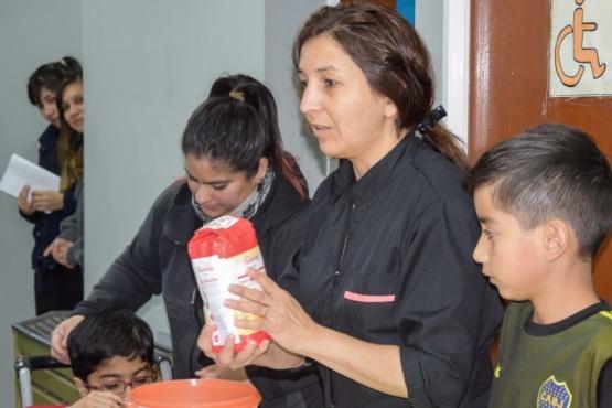 Comenzó el taller de Cocina inclusiva para niños