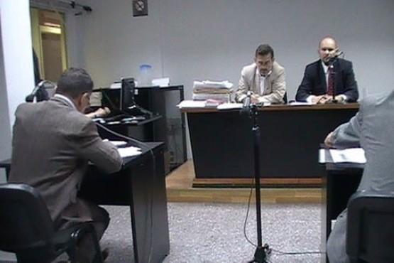 Un escribano y un abogado a juicio por una estafa de $58 millones