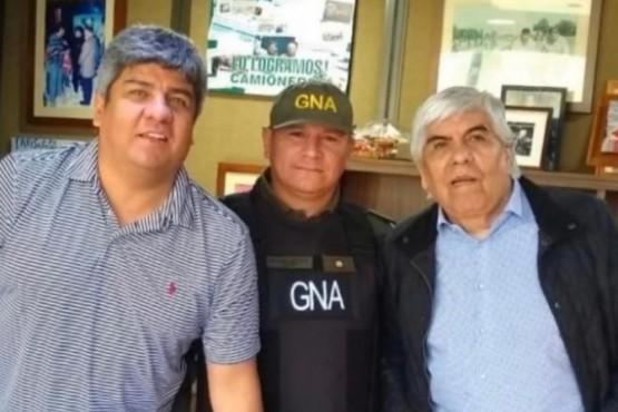 Gendarme se sacó una foto con los Moyano y lo pasaron a disponibilidad