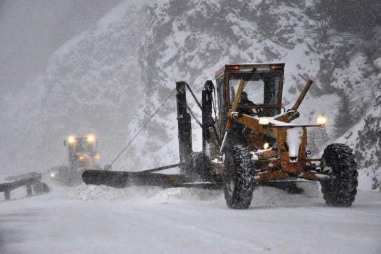 Ponen en marcha el operativo de despeje de rutas durante el periodo de nevadas