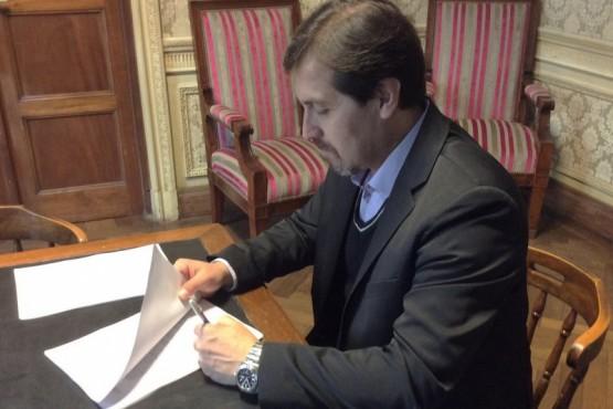 Intendente Néstor González (Foto archivo)