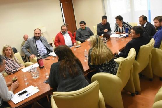 Diputados se reunieron con representantes de la Cooperativa de Servicios Públicos