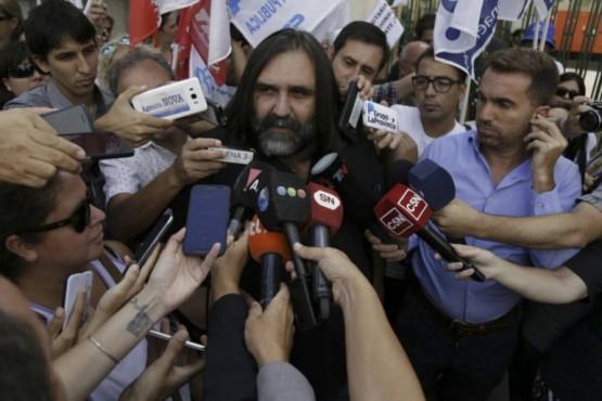 Baradel: libro de CFK podría ser material para las escuelas