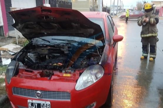 Se incendió un vehículo en Río Grande