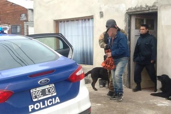 El morador de la casa fue aprehendido y llevado a la Sexta. (Foto: J.C.C.)