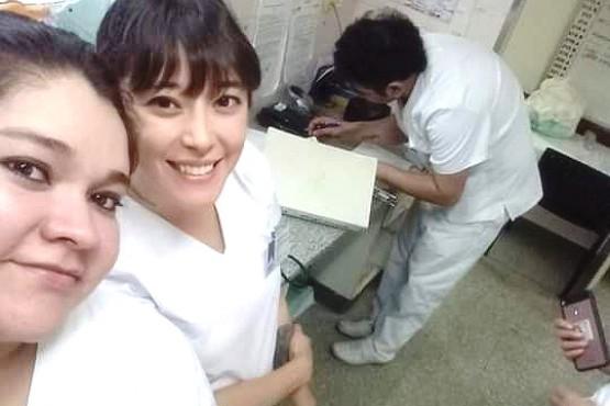 """""""Las enfermeras somos las que del nacimiento a la muerte damos la mano"""""""
