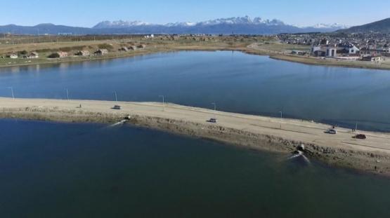 Aseguran que la calidad del agua de la bahía encerrada mejoró