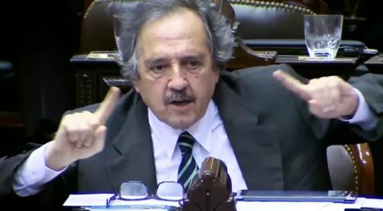 Alfonsín llamó a un frente nacional por fuera de Cambiemos