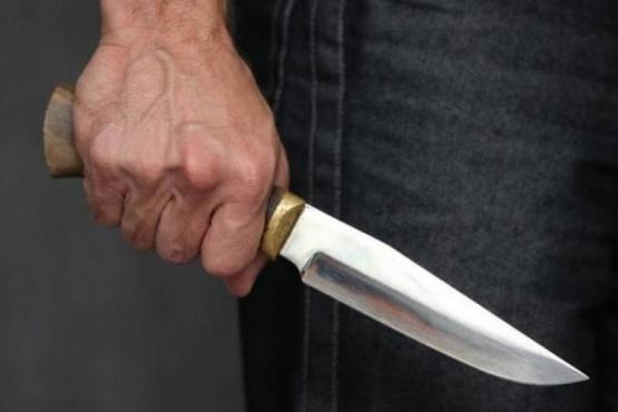 Comerciante se resistió a un asalto con un cuchillo