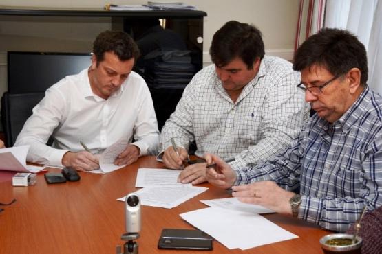 Un paso más en el acuerdo entre Gobierno e YCRT para la compra de energía