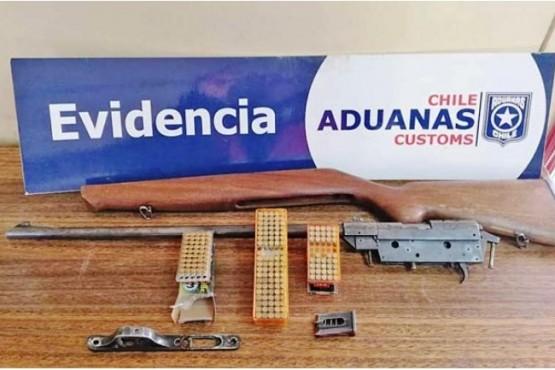 Argentino fue enviado a la cárcel por no declarar en frontera rifle de colección