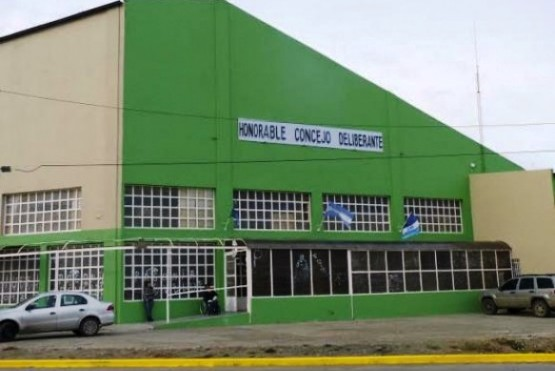 Concejal Leal confirmó que su hijo trabaja con él en el Deliberante