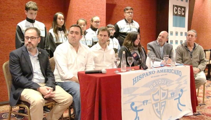 Firma de acuerdo entre CGC e Hispano Americano. (C.G.)