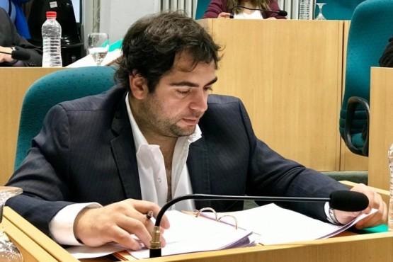 Gómez pide informes sobre plan de mantenimiento de Rutas
