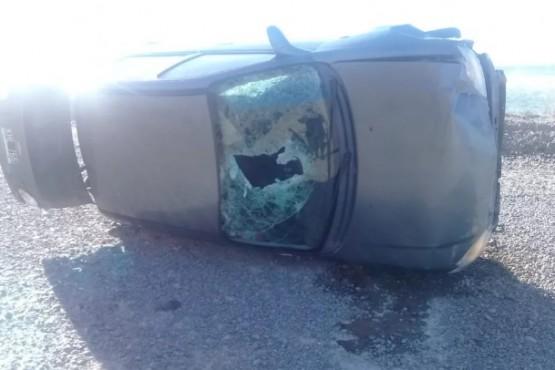 Un auto volcó por el viento entre los kilómetros 3 y 4