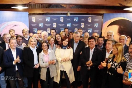 El PJ en Chubut apoyó y celebró la formula 'Fernández-Fernández'