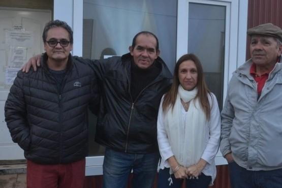 Gobierno acompaña a las familias danmificadas por el cierre del aserradero