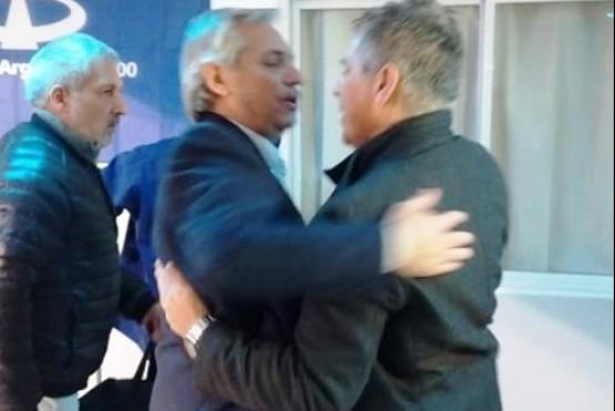 Alberto Fernández llegó a Río Gallegos en su primera actividad como pre candidato presidencial