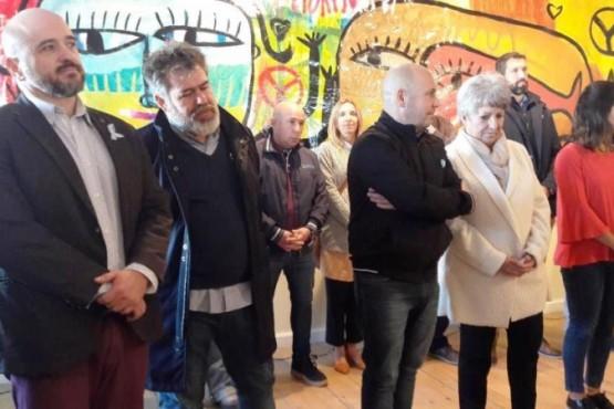 Cutro y Sastre inauguraron la muestra de arte del artista plástico Milo Lockett