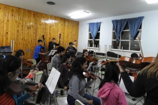 Escuela Re SI desarrolló jornada de música y aprendizaje