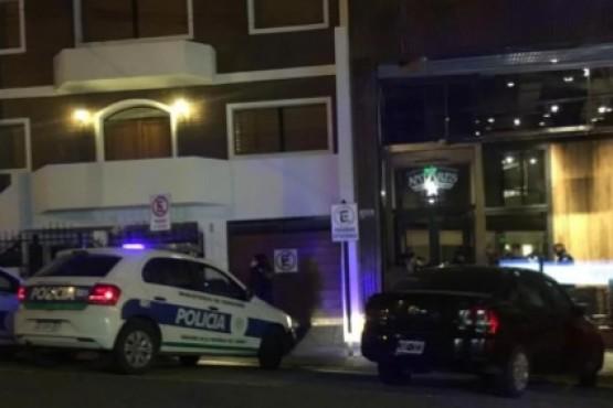 Golpes y destrozos en una cervecería: hay tres detenidos