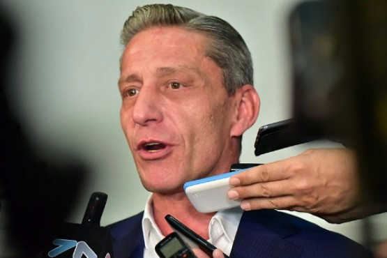 Arcioni anunció que vetará la ley que prohíbe el uso del glifosato
