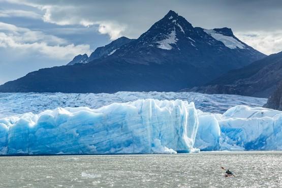 220 kilómetros cuadrados de hielos se perdieron en 13 años .