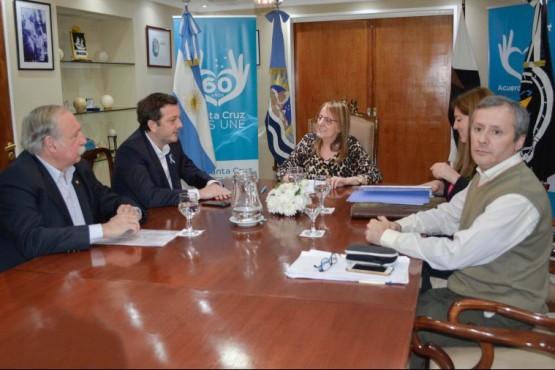 Se firmaron títulos de propiedad en El Chaltén