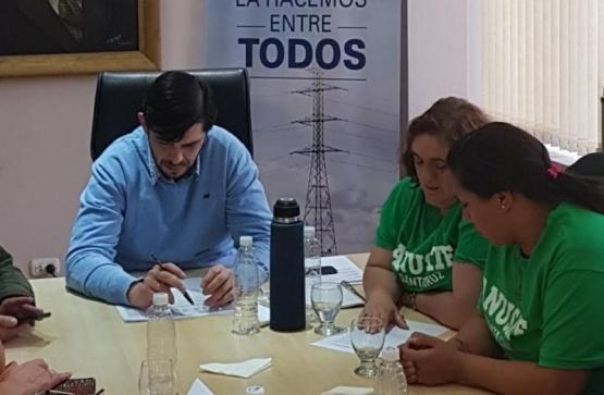 Perito Moreno: municipales acordaron aumento del 31,6%
