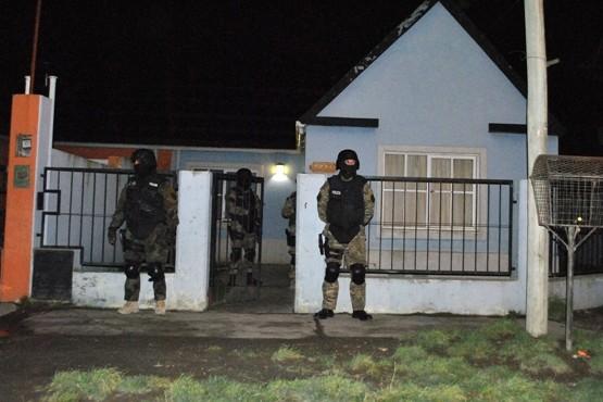 Tres hombres y una mujer fueron detenidos en el operativo antidrogas