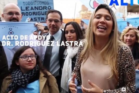 Imagen del video que promocionó la marcha a favor del ginecólogo en Cipolletti.