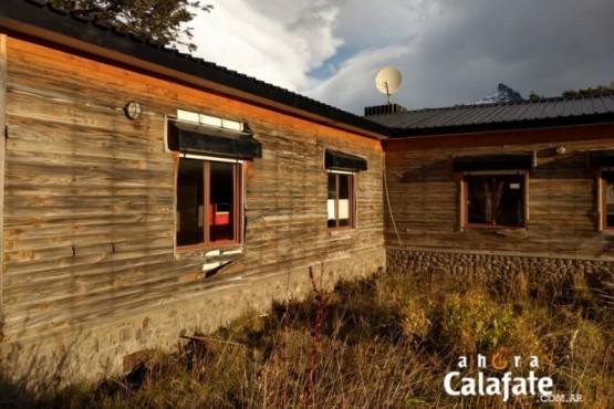 Comenzó la demolición del viejo restaurante del Glaciar