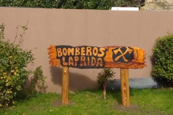 Linares entregará autobomba para bomberos