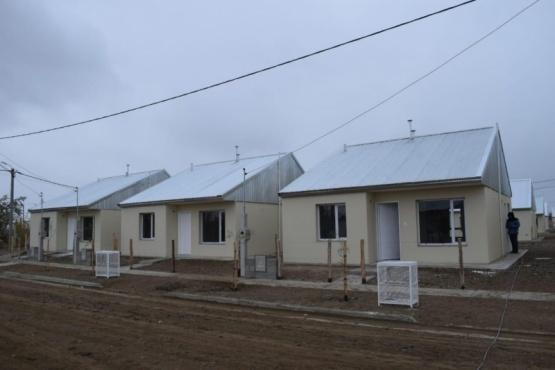 Gobierno Nacional inauguró viviendas para los afectados por el temporal de 2017